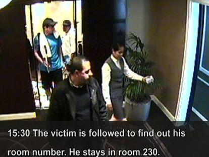 Un vídeo de seguridad muestra a agentes del Mosad (vestidos de deportistas) siguiendo a un jefe de Hamás que fue asesinado en 2010 en Dubái.