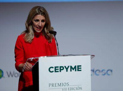 La vicepresidenta tercera y ministra de Trabajo, Yolanda Díaz, durante la VII edición de los premios que concede Cepyme, en el Museo Reina Sofía de Madrid.