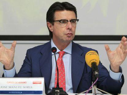 El ministro de Industria, Energía, José Manuel Soria