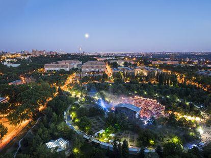 Imagen aérea de una edición pasada del festival Noches del Botánico