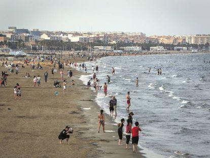 La playa de la Malva-rosa, de València.