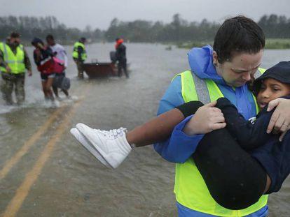 Las imágenes del huracán Florence en EE UU