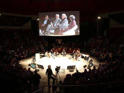 Un momento del debate Mentes Brillantes, en el Teatro Circo Prize.