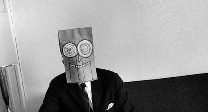 Fotografía de la serie 'Máscaras' (1962).