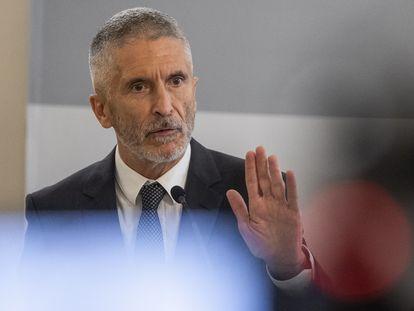 El ministro del Interior, Fernando Grande-Marlaska, en la rueda de prensa en la que ha informado de las estadísticas sobre delitos de odio durante 2020.