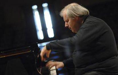 El pianista Grigori Sokolov.