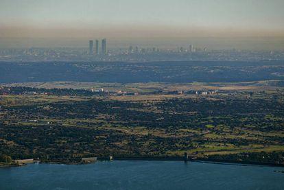 La boina de contaminación de Madrid, durante el brote de polución que vivió la capital a principios del mes de noviembre.