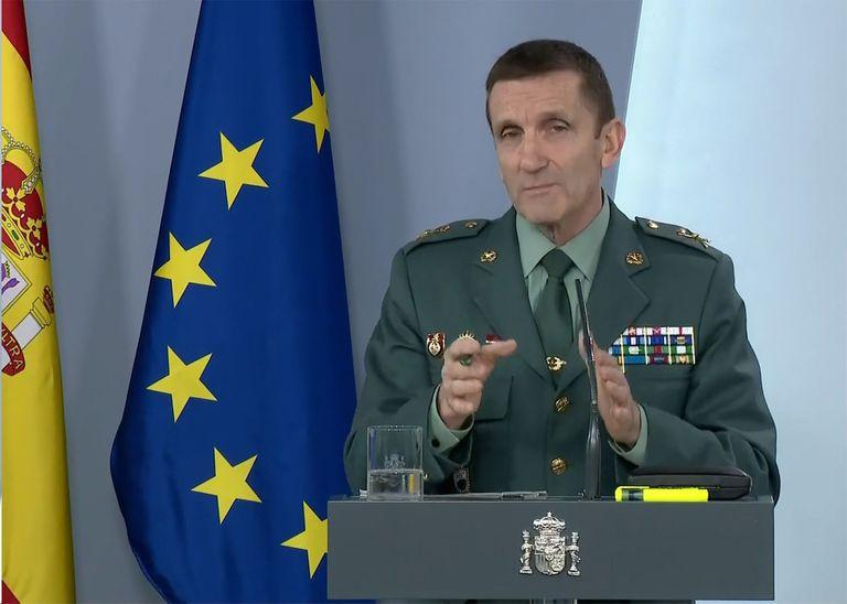 El jefe del Estado Mayor de la Guardia Civil, general José Manuel Santiago, durante la rueda de prensa telemática del comité de seguimiento de la pandemia, este martes.