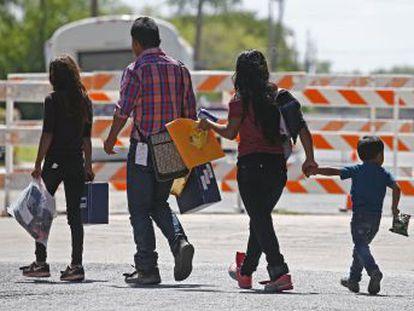 La orden cautelar de un juez de San Diego obliga a devolver a sus padres en 30 días a todos los niños separados por el Gobierno de Trump
