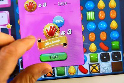 Activision compra el estudio del adictivo Candy Crush Saga por 5.900 millones de dólares.