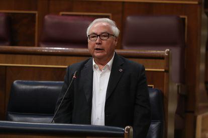 El ministro de Universidades, Manuel Castells, en el Congreso de los Diputados el pasado miércoles.