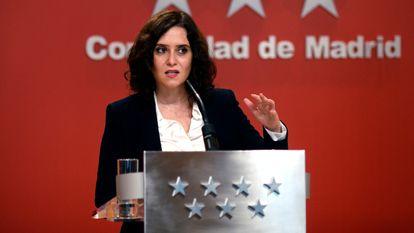 La presidenta de la Comunidad de Madrid, Isabel Díaz Ayuso, comparece en rueda de prensa en la Casa Real de Correos, en Madrid, (España), el pasado 21 de octubre.