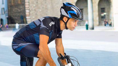 Probamos el casco de bicicleta Shinmax, el más vendido en su categoría en Amazon, de buenos acabados y materiales.
