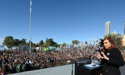 Cristina Fernández, durante un acto por el Día de la Bandera.