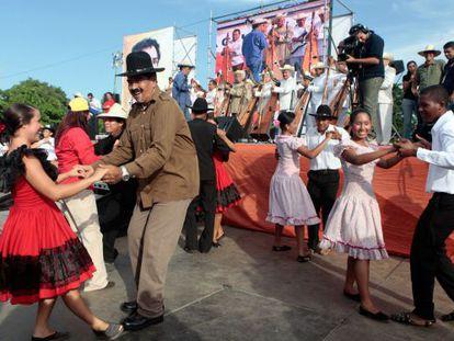 Nicolás Maduro, en un baile tradicional el pasado 31 de julio.