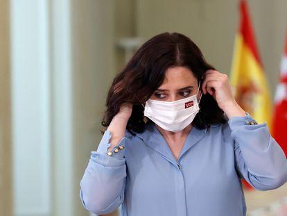 La presidenta madrileña, Isabel Díaz Ayuso, antes de la rueda de prensa de este miércoles.