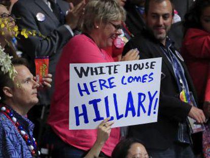 La convención del Partido en Filadelfia corona a la ex secretaria de Estado a pesar de las divisiones