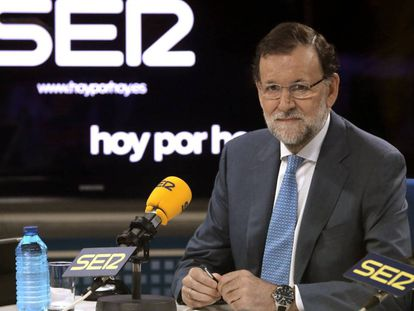 Mariano Rajoy, durante una entrevista en la SER en octubre de 2015.