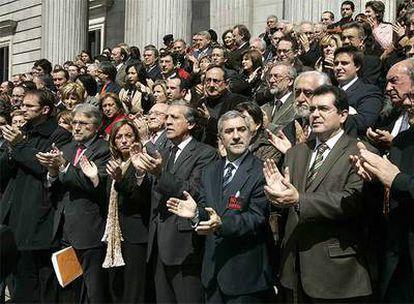 Concentración en la escalinata del Congreso en repulsa por la guerra de Irak.