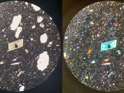 La imagen se corresponde con una lámina  cortada de la lava de 3 milímetros de grosor vista con microscopio petrográfico. A la izquierda con un único pase de luz, a la derecha, doble.