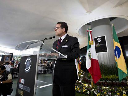 Francisco Arroyo Vieyra, en el IV Foro de Jefes del Parlamento de los países del G20, en abril de 2013, en la Ciudad de México.