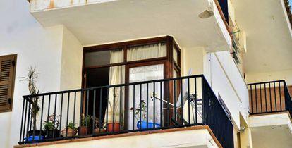 La vivienda donde una mujer murió apuñalada en Mallorca el pasado mayo.