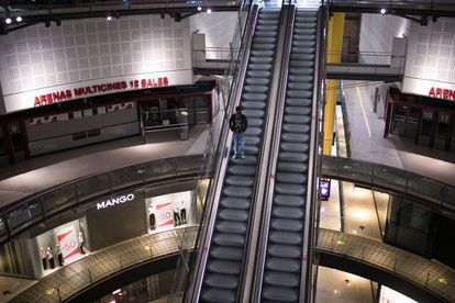 El centro comercial Las Arenas, en Barcelona, cerrado.