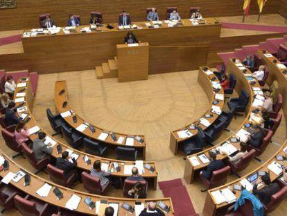 Las Cortes Valencianas durante un pleno.