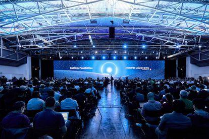 Un instante de la presentación del Huawei Mate 30