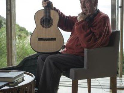 El constructor de guitarras, José Luis Romanillos.