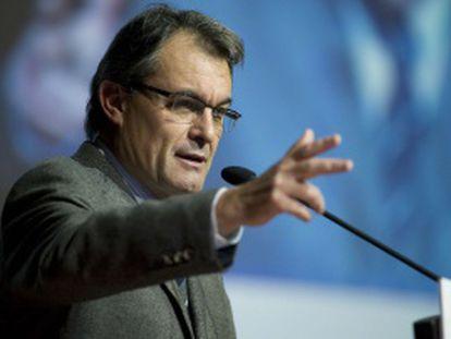El presidente de la Generalitat, Artur Mas, ayer en un acto con profesionales sanitarios.