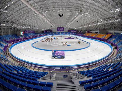 Vista general de la pista de patinaje de velocidad de los Juegos Olímpicos de Invierno de PyeongChang 2018.