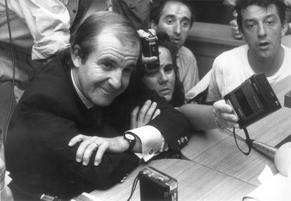 El periodista deportivo José María García en el juzgado de instrucción número 27 de Madrid en julio de 1990.