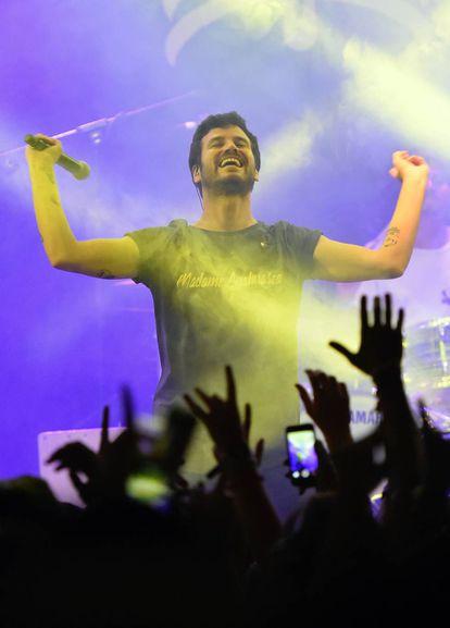 Willy Bárcenas durante un concierto de Taburete en el Teatro Barceló (Madrid) en septiembre de 2018.