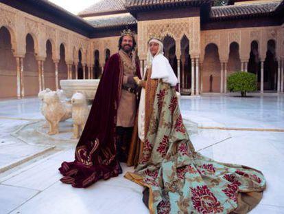 Los protagonistas de 'Isabel', en la Alhambra de Granada.