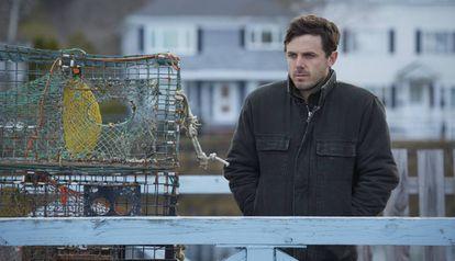 Casey Affleck, en una escena de 'Manchester frente al mar'.