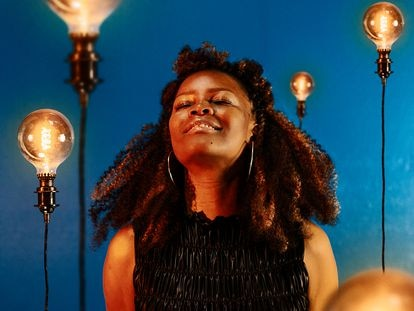 La cantante mozambiqueña Selma Uamusse.
