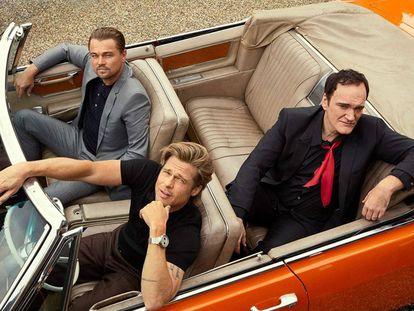 Leonardo DiCaprio, Brad Pitt y Quentin Tarantino, en una fotografía de promoción de 'Érase una vez en... Hollywood'.