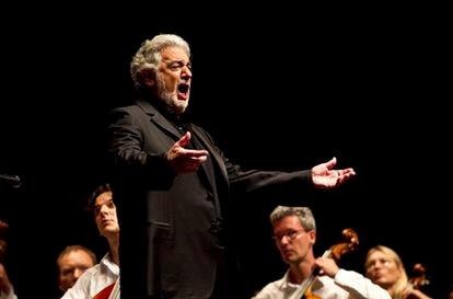 Plácido Domingo, durante su actuación anteanoche en el Festival de Peralada.
