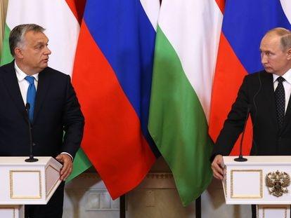 El primer ministro húngaro, Viktor Orbán, y el presidente de Rusia, Vladímir Putin, en el Kremlin en 2018.