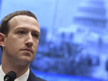 Mark Zuckerberg en su testimonio ante el Congreso de EE UU