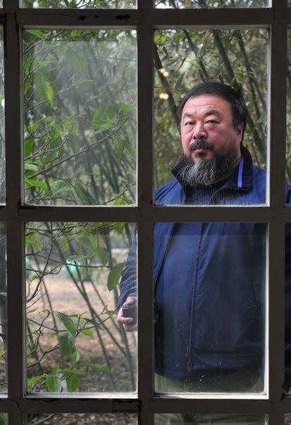 El artista chino Ai Weiwei fue detenido el día 3 de abril cuando se disponía a volar de Pekín a Hong Kong.