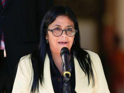 Delcy Rodríguez afirma que la polémica por su reunión con Ábalos en Barajas  es una novela  de la oposición, a la que tilda de  excéntrica