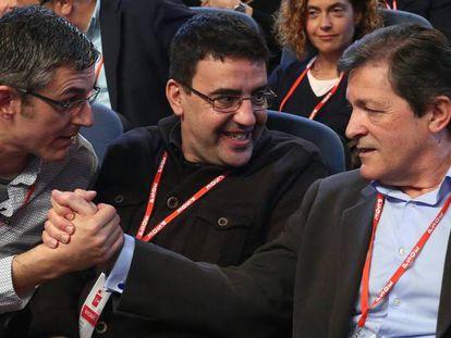 Madina, Jiménez y Fernández durante el Foro político del PSOE.