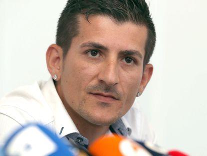 El padre de Yéremi Vargas, Juan Francisco Vargas, durante una rueda de prensa que ofreció en 2018 en Vecindario (Gran Canaria).