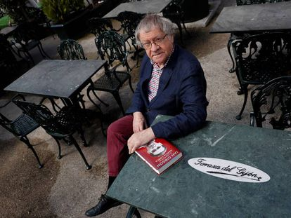 Ian Gibson, retratado en el madrileño Café Gijón esta semana.