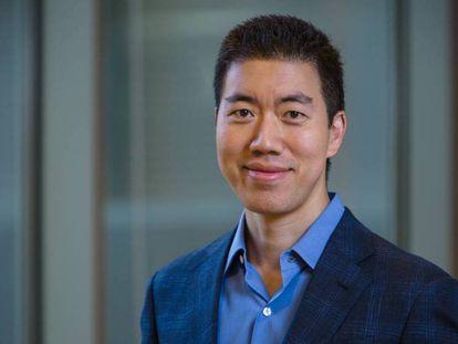 El químico estadounidense David Liu, de la Universidad de Harvard. En vídeo, charla TED en la que explica cómo se pueden evitar las enfermedades genéticas.