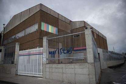 Fachada del colegio Cristo Rey de los maristas, en A Coruña, este miércoles.