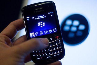 Teléfono Blackberry.