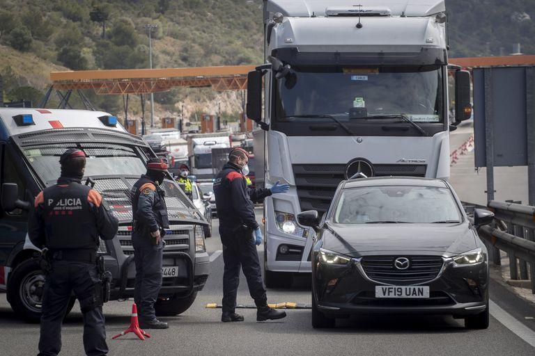 Control de los Mossos d'Esquadra el fin de semana pasado en Sitges.